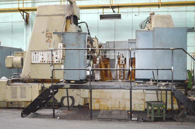 WMW MODUL type ZFWZ 2000 x 20 gear hobbing machine